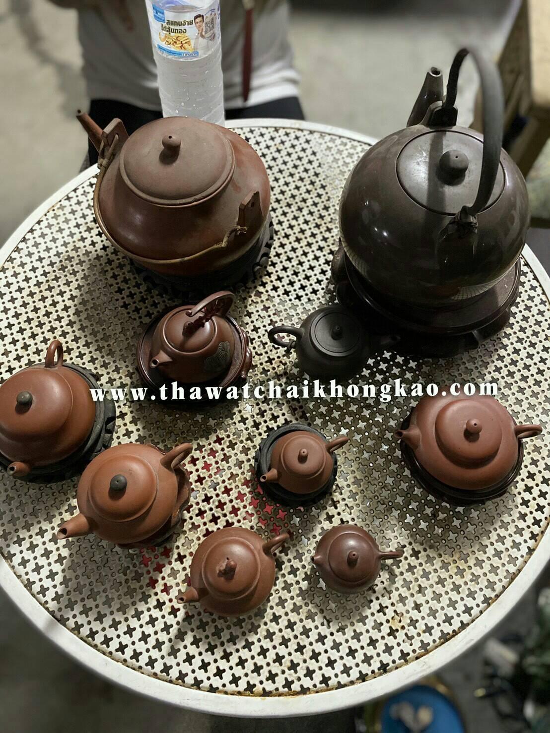 รับซื้อปั้นชาเก่า รับซื้อกาน้ำชาเก่า รับซื้อกาน้ำชาจีน ราคากาน้ำชาเก่า รับซื้อชุดน้ำชาเก่า กาน้ำชากังไส กาน้ำชาลายคราม ราคาซื้อขายกาน้ำชาเก่า